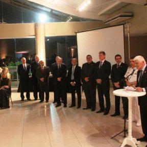 sr_eugenio_pierotti_durante_dircurso_pelo_46o_aniversario_da_soamar-santos